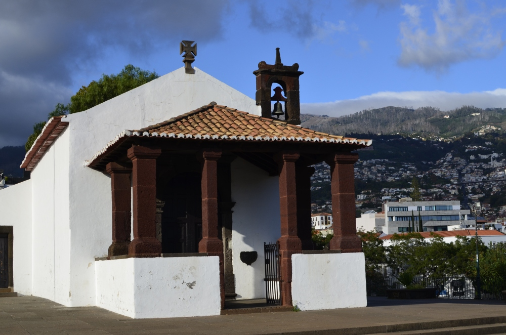 Kościółek w Funchal - mały i typowy