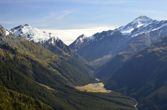 Dolina Matukituki i widok na Mount Aspiring