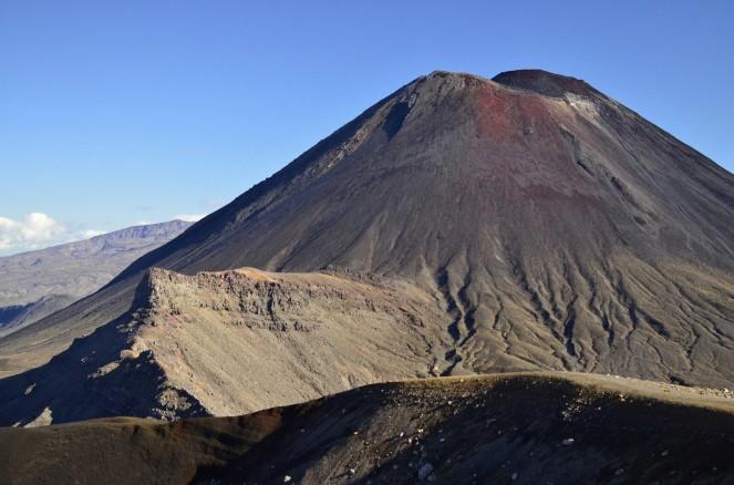 Mt Ngauruhoe znany jako Mount Doom w wersji bez edycji