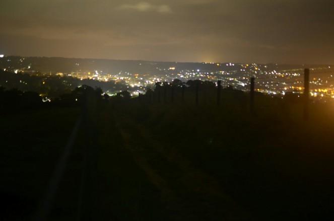 Tuż nad Bath, (robienie nocnych zdjęć bez statywu to jednak spore wyzwanie)
