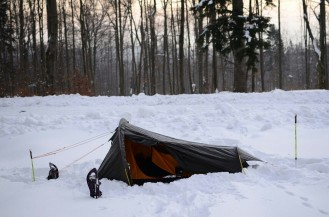 Biwak w Lasach Arłamowskich zakończony poranną wizytą SG (podobno rano było -12 C)