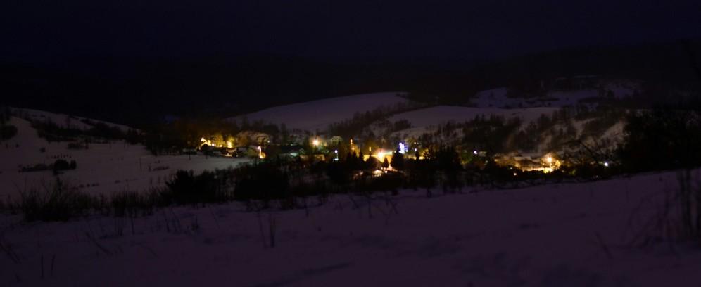 Nocny widok na Gruszową. Pogórze Przemyskie.